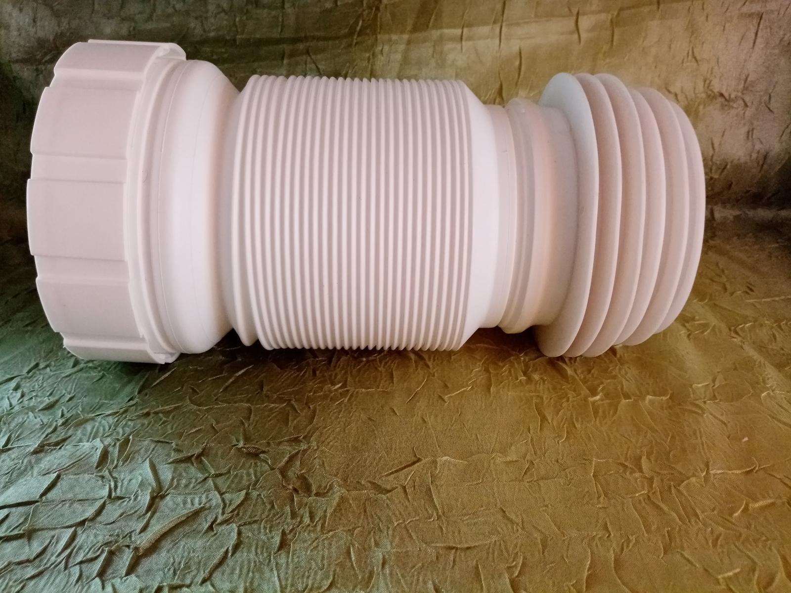 Odpadová rúra z WC - Obrázok č. 3