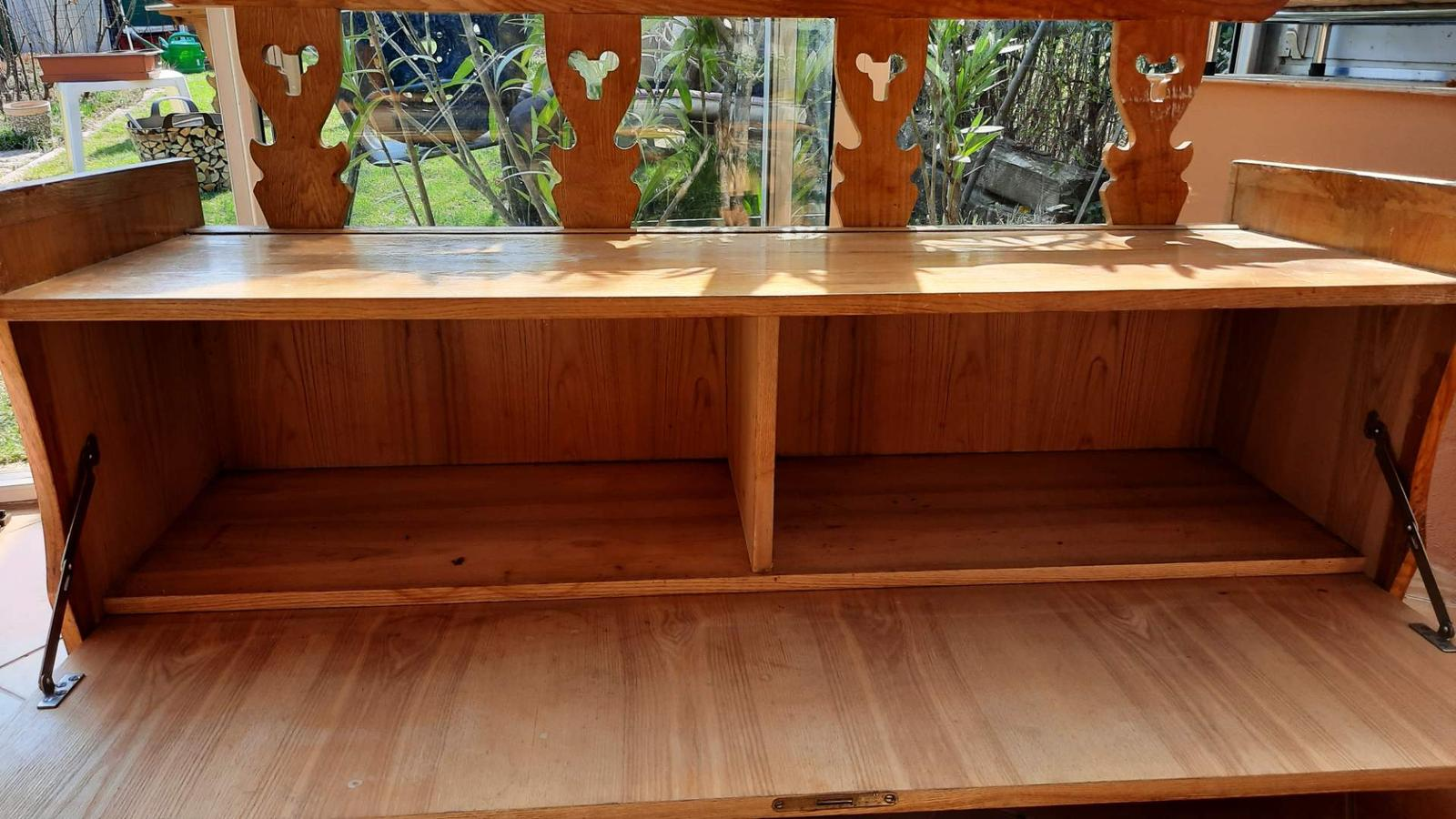 Drevené sedenie na chalupu - Obrázok č. 1