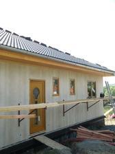 29.6.2010 a máme už i střechu!!