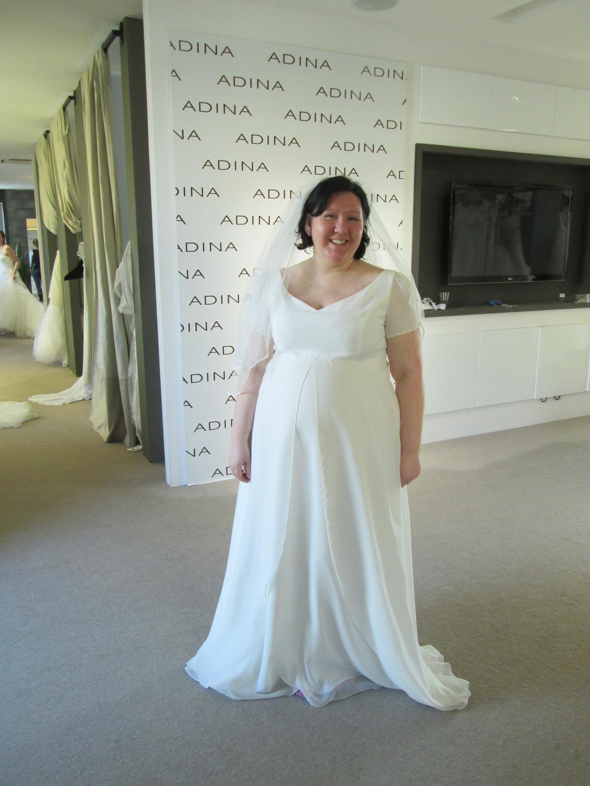 5c31d1854e2e Které vybrat  - - Svatební šaty