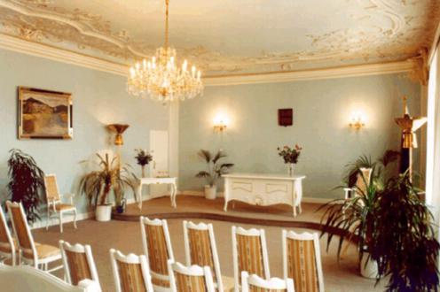 Naše modro-bílá svatba - obřadní síň