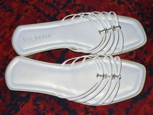 Tak tyhle botky si vezmu v muj svatebni den (velikost 41) - prodejna Deichmann v Polsku