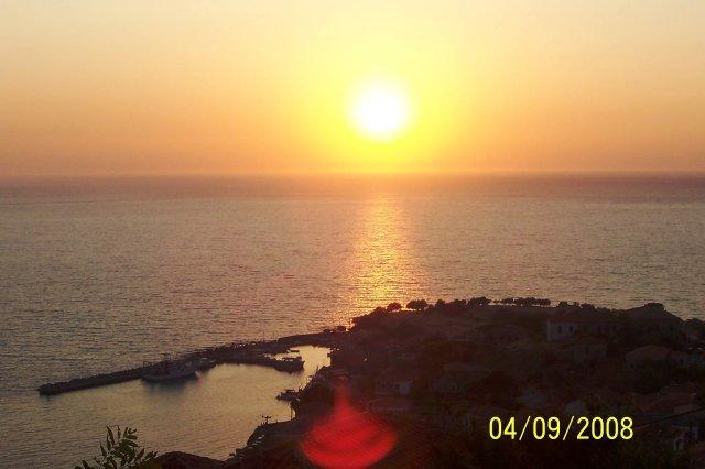 Jana{{_AND_}}Přemek - svatební cesta Řecko Lesvos Molyvos západ slunce