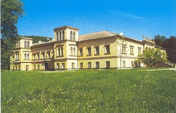 zde se budeme fotit v zámku ale hlavně v krásném zámeckém parku
