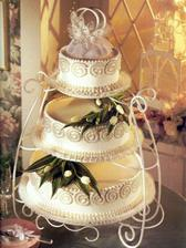 tohle bude náš dort, ale líp nazdobenej a na jiným podnose