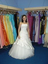 zkouška prvních šatů :-)