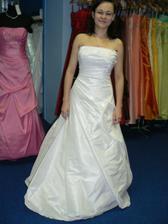 druhé šaty..
