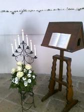 dekorace v kapli