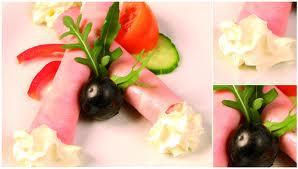 pritel chce tradicni ceske menu takze: sunkova rolka