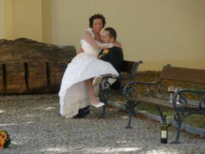 Zátiší s ženichem a nevěstou ;-)