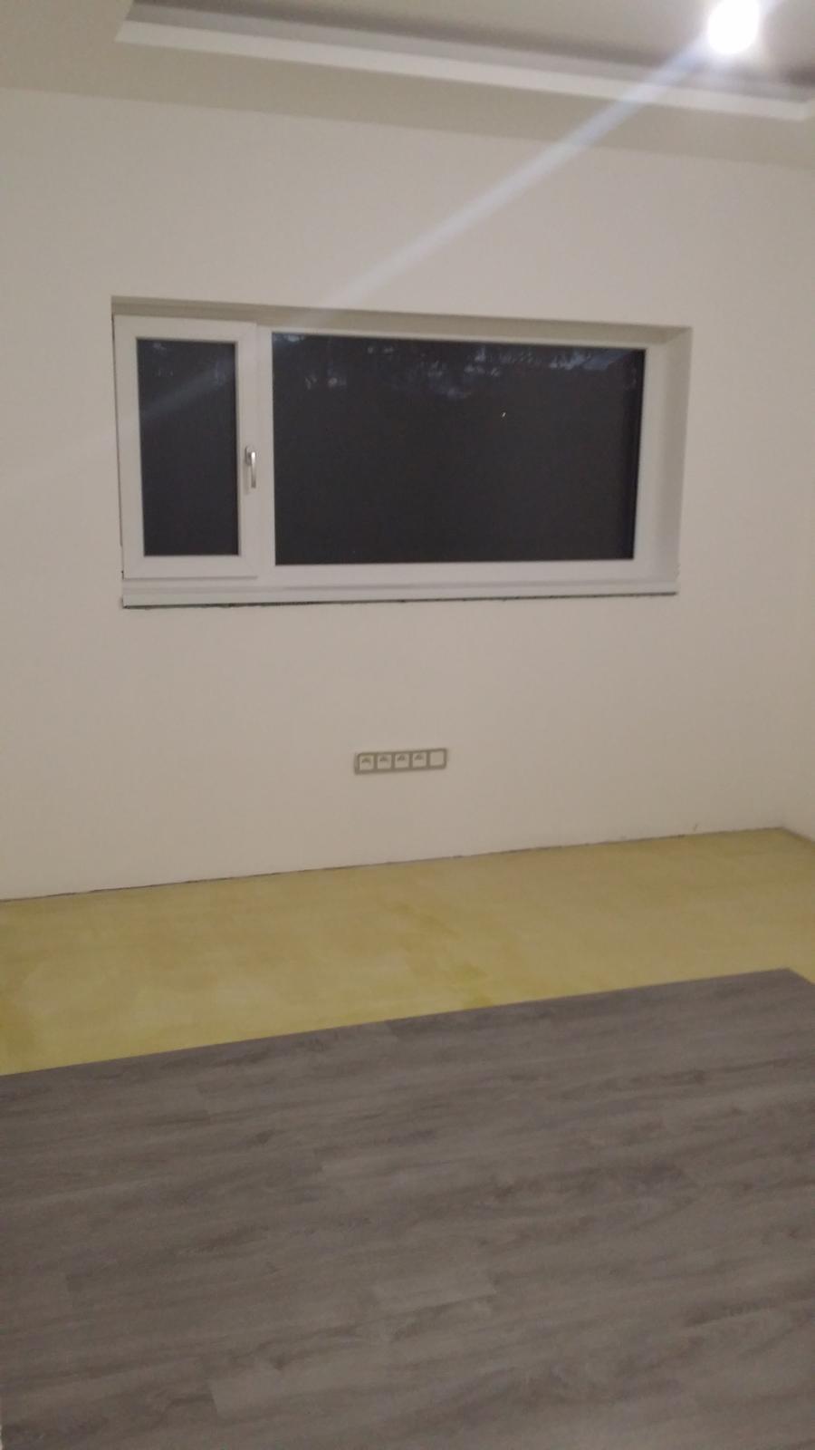 máme okno 217x96 (podivný... - Obrázek č. 1