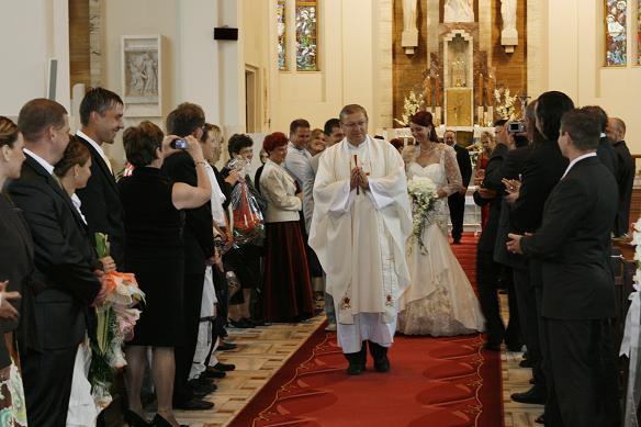Zuzana Dilova{{_AND_}}Jaroslav Navojsky - To bolo kriku v kostole:))))