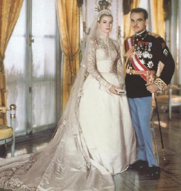Kráľovské svadby - Knieža rainier z monaka + grace kelly / 19.04.1956 ... šaty. Helen Rose pre MGM Studios