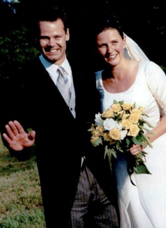 Kráľovské svadby - Princ Constantin z Lichtenštajnska + grófka mária Gabriele Franziska Kálnoky de Kőröspatak / 8. júl 1999 ... svadba sa konala v slovenskej republike v obci číčov (okres Komárno)