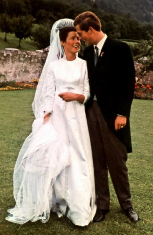 Kráľovské svadby - Princ Hans Adam z Lichtenštajnska + Countess Maria Aglae Kinsky von Wchinitz und Tettau / 30. júl 1967