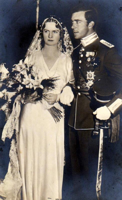 Kráľovské svadby - princ gustaf adolf + princezná Sibylle Calma Maria Alice Bathildis Feodora of Saxe-Coburg and Gotha / 20. október 1932