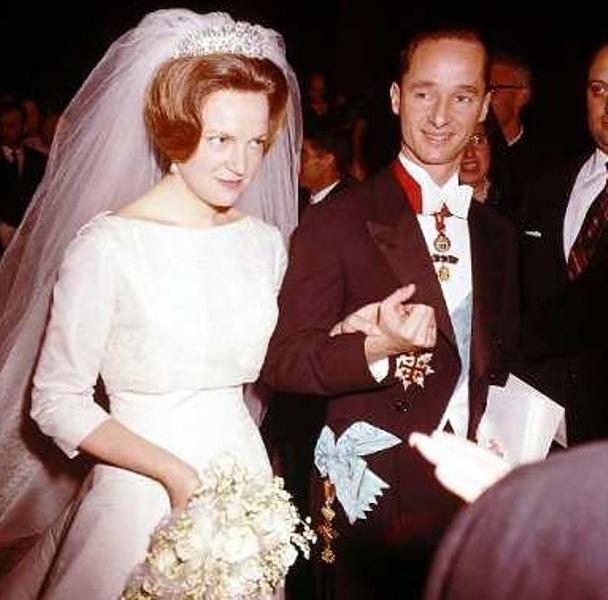 Kráľovské svadby - princezná irene z holandska + carlos hugo, vojvoda z parmy / 29. apríl 1964