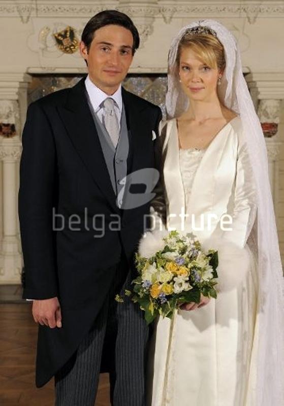 Kráľovské svadby - Arcivojvodkyňa Marie Christine rakúska + gróf rodolphe de Limburg - Stirum / 06.12.2008