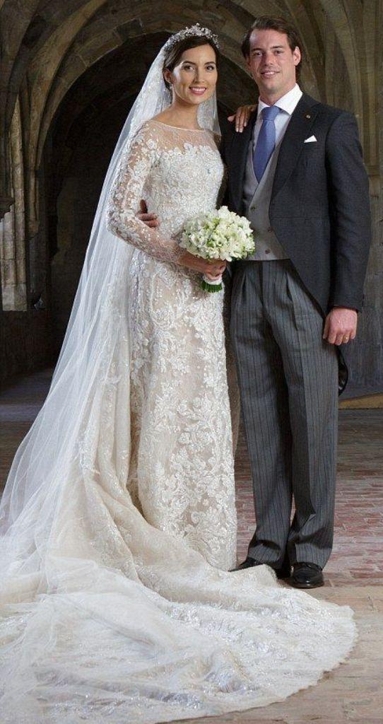 Kráľovské svadby - Princ Félix z Luxemburska + Clare Lademacher / 21.09.2013 ... šaty: elie saab