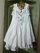 šaty s volánikmi veľ.98/104, 104