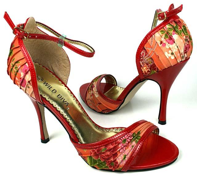Moje predstavy :) - Topánočky budú určite nejaké krásne farebné :)