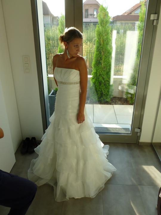 ....svadobné :-) ....ale ktoré? - ...tak dnes si idem po tieto :-) .... čo vy na ne?