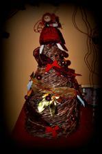 moj výtvor- stromček z novín :-D