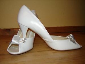 moje svadobné topánočky po 1