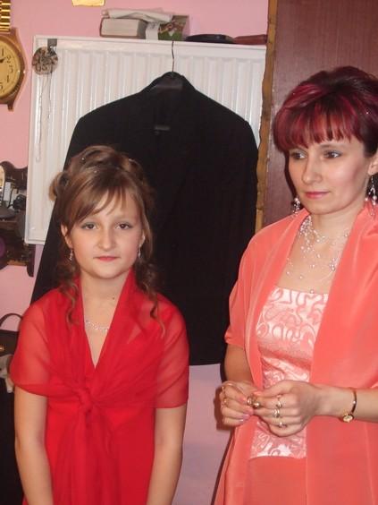 Monika Novakova{{_AND_}}Lukas Valcuha - Svagrina a krsna Kika-obe boli ako hviezdy