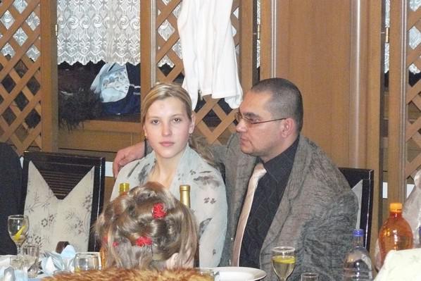 Monika Novakova{{_AND_}}Lukas Valcuha - Svagrina so svagrom