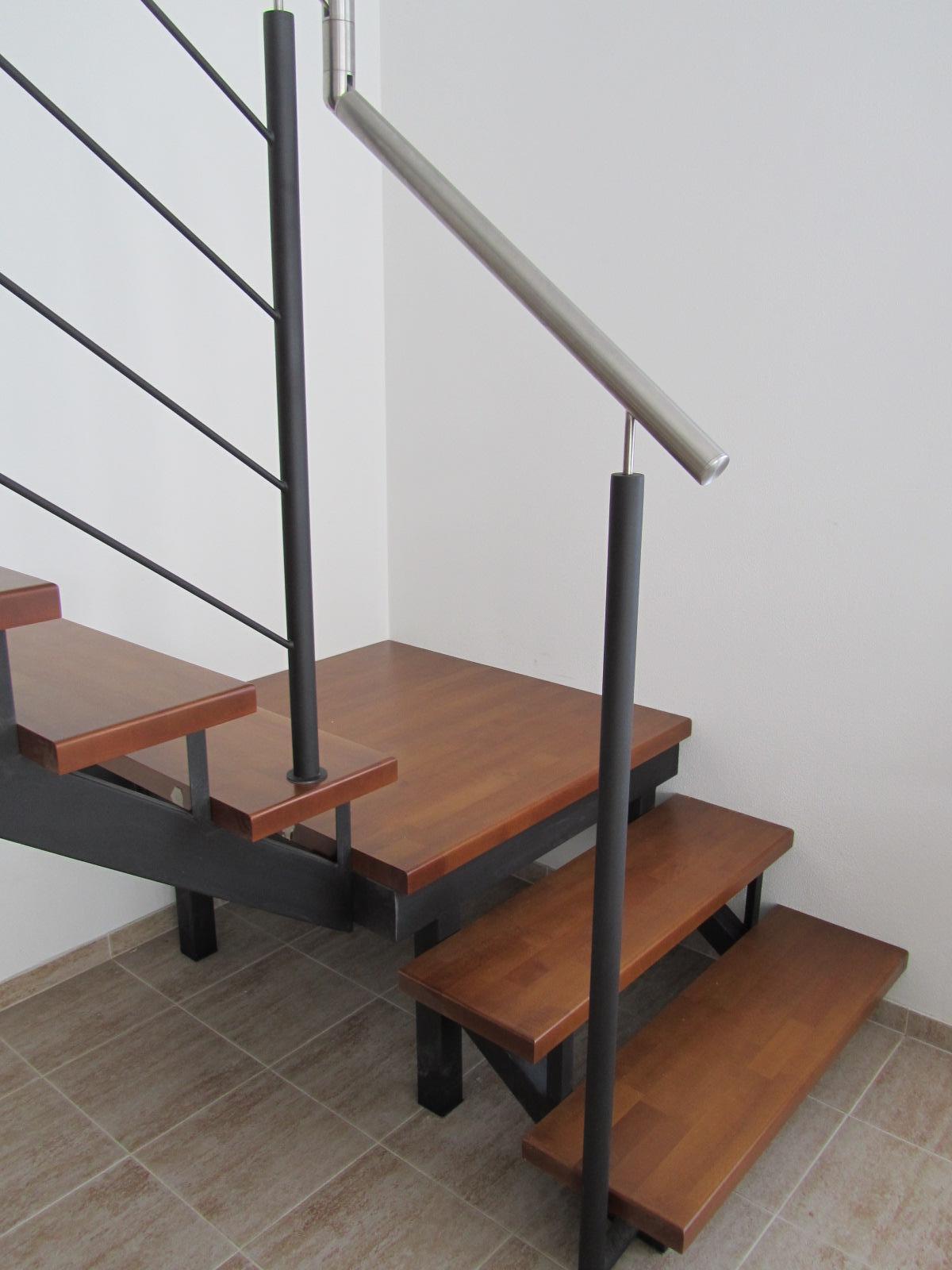 Naše schodisko - Obrázok č. 2