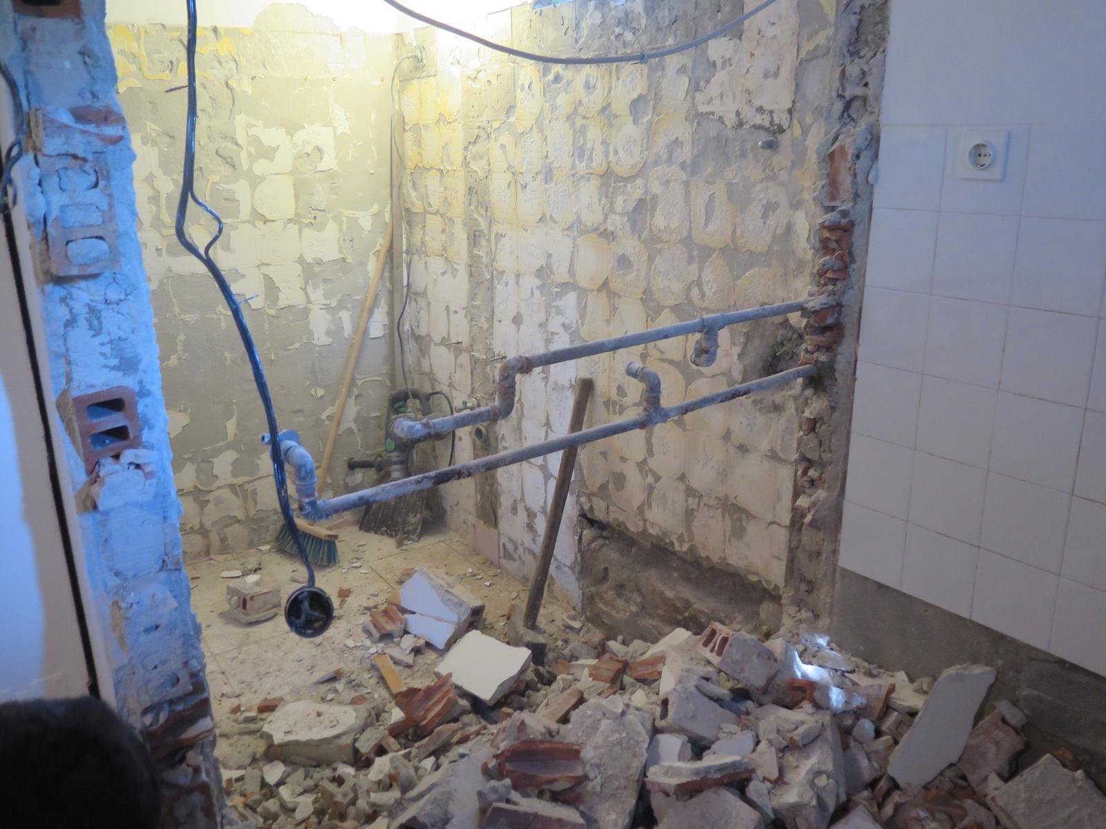 Naša stará a nová kúpelňa - Obrázok č. 1