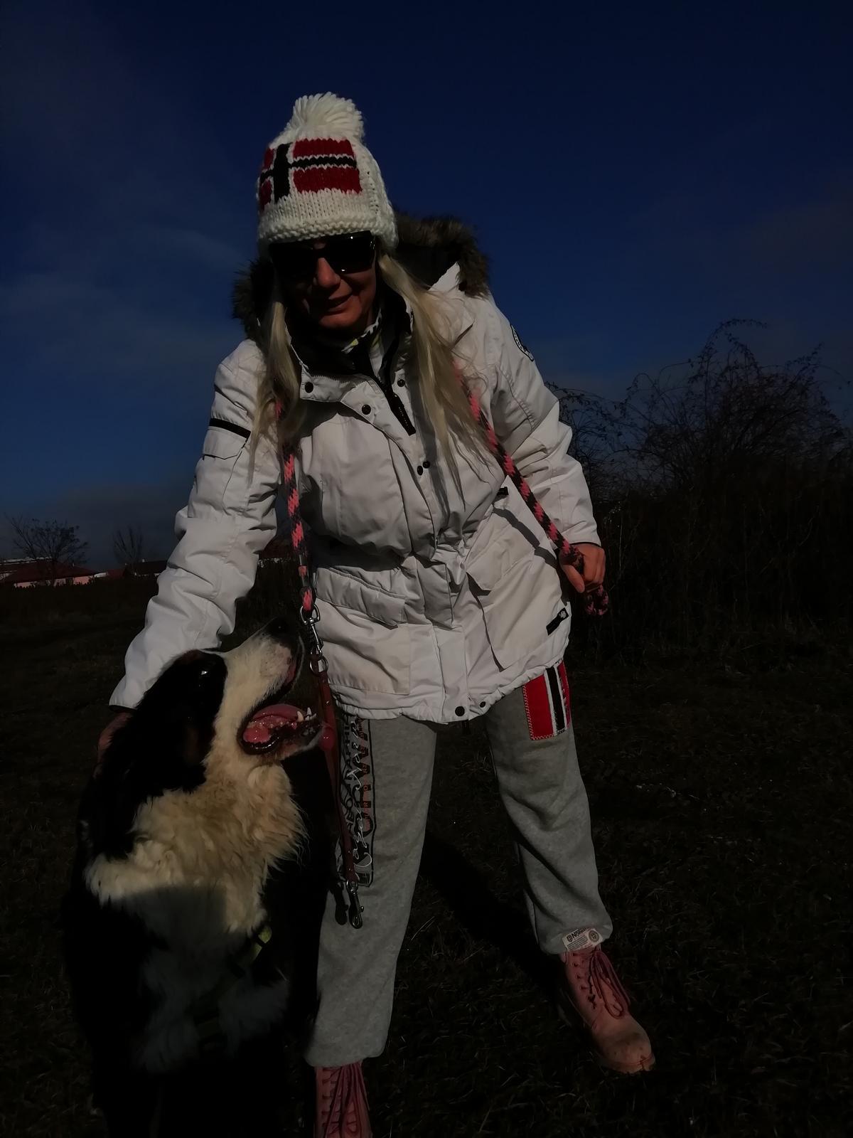 Nas zverinec - dve fenky,jeden pes a dvaja kocurikovia - Obrázok č. 99