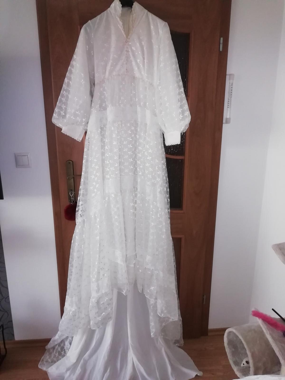 Staré, svadobné šaty. - Obrázok č. 1