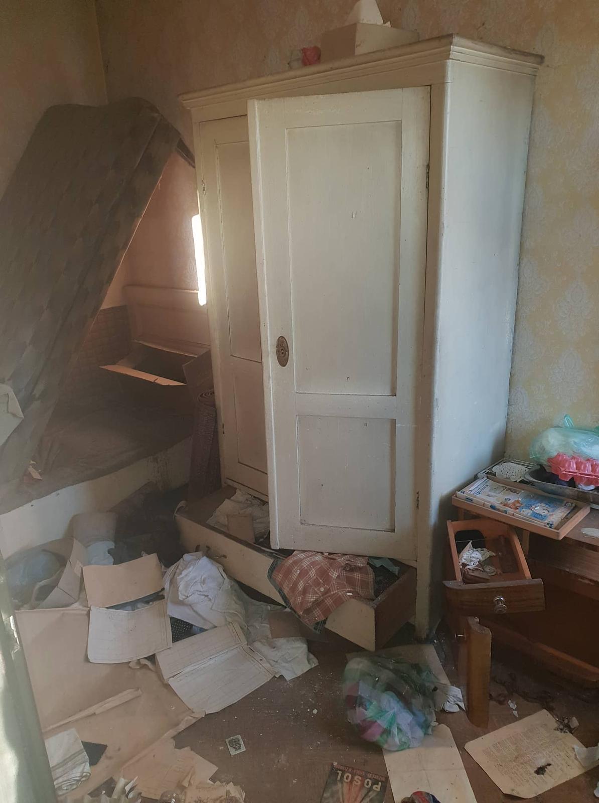 Rekonštrukcia domu-alebo chceme si splniť sen =》🏠🌻🌼🐶  mat domcek a vratit sa na Slovensko - komora /vedla kuchyne/