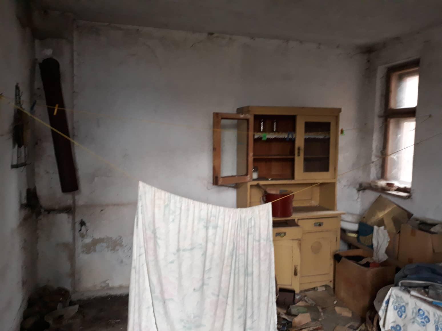Rekonštrukcia domu-alebo chceme si splniť sen =》🏠🌻🌼🐶  mat domcek a vratit sa na Slovensko - letna kuchyna