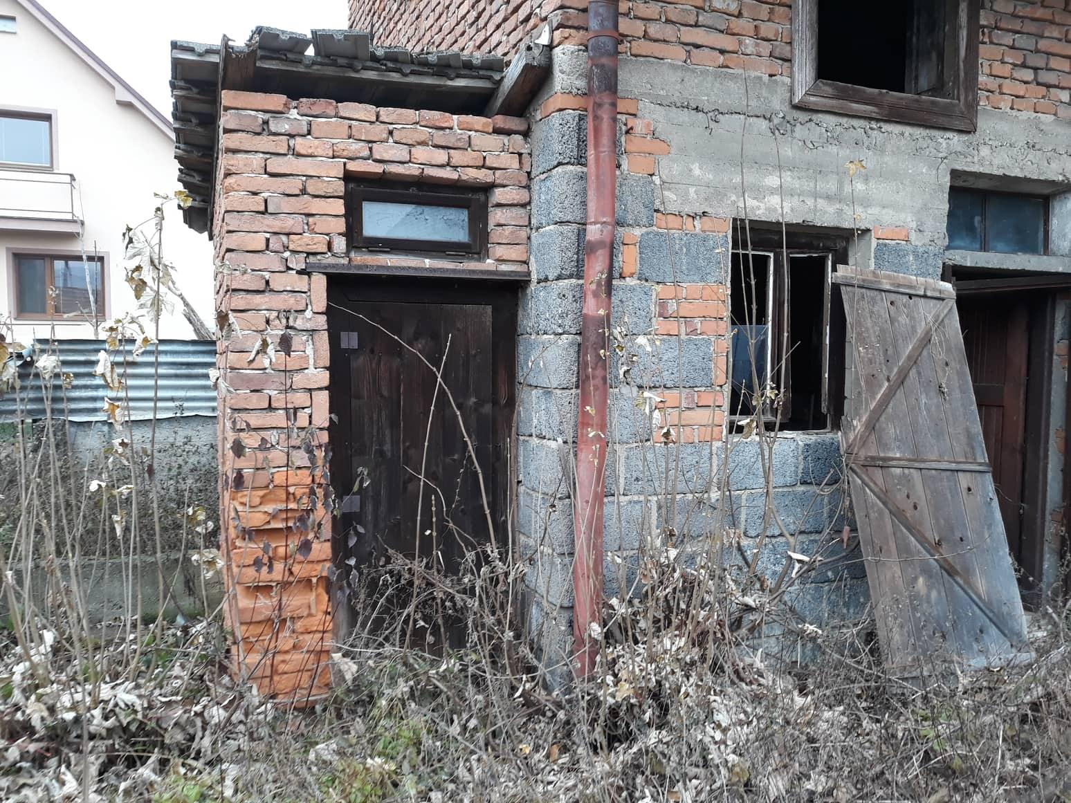 Rekonštrukcia domu-alebo chceme si splniť sen =》🏠🌻🌼🐶  mat domcek a vratit sa na Slovensko - suche WC :-D