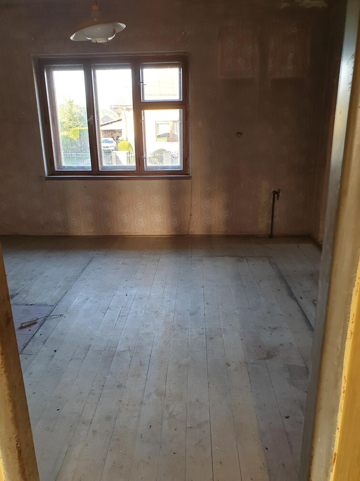 Rekonštrukcia domu-alebo chceme si splniť sen =》🏠🌻🌼🐶  mat domcek a vratit sa na Slovensko - Moja/nasa buduca pracovna