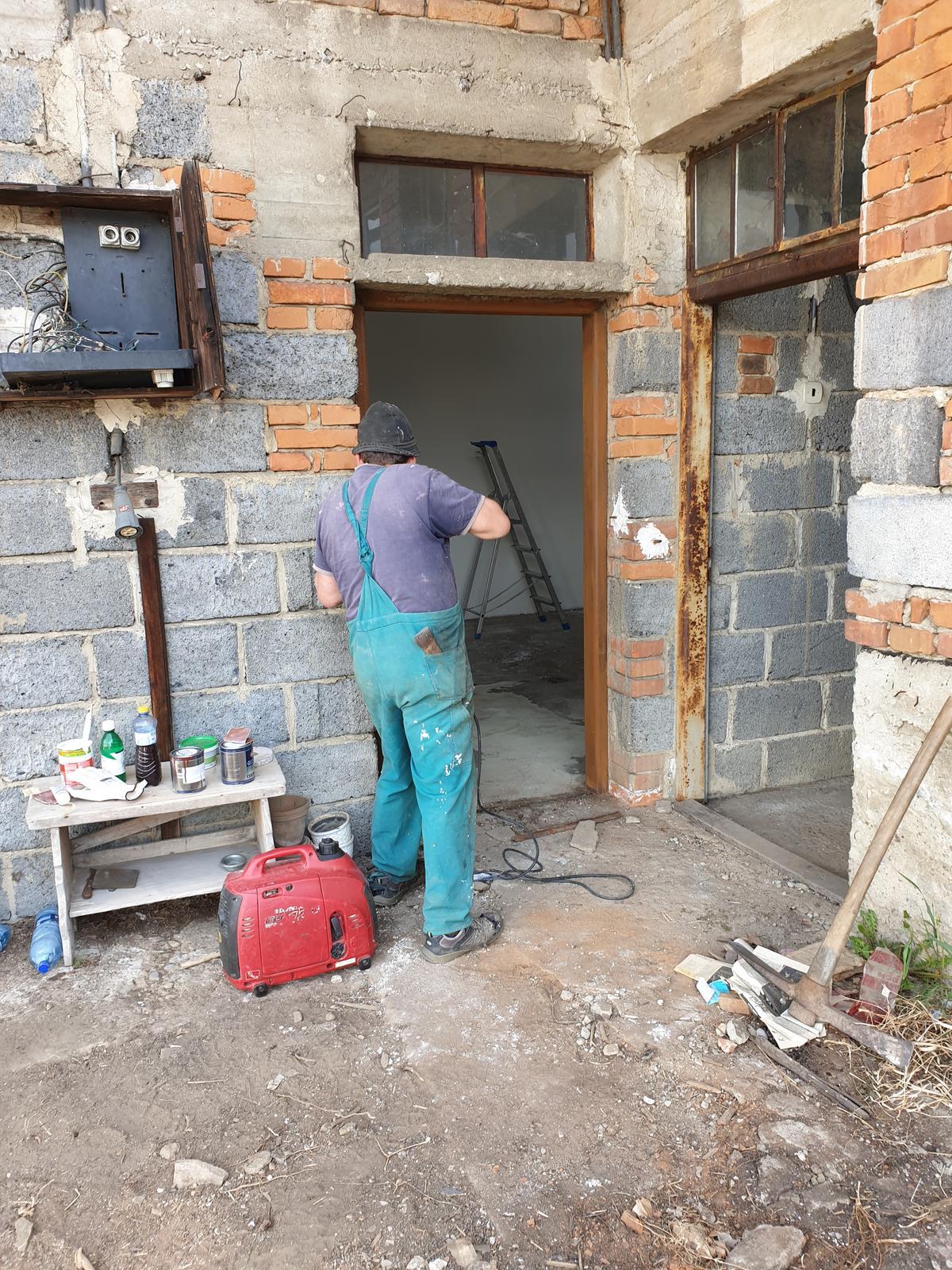 Rekonštrukcia domu-alebo chceme si splniť sen =》🏠🌻🌼🐶  mat domcek a vratit sa na Slovensko - Obrázok č. 88