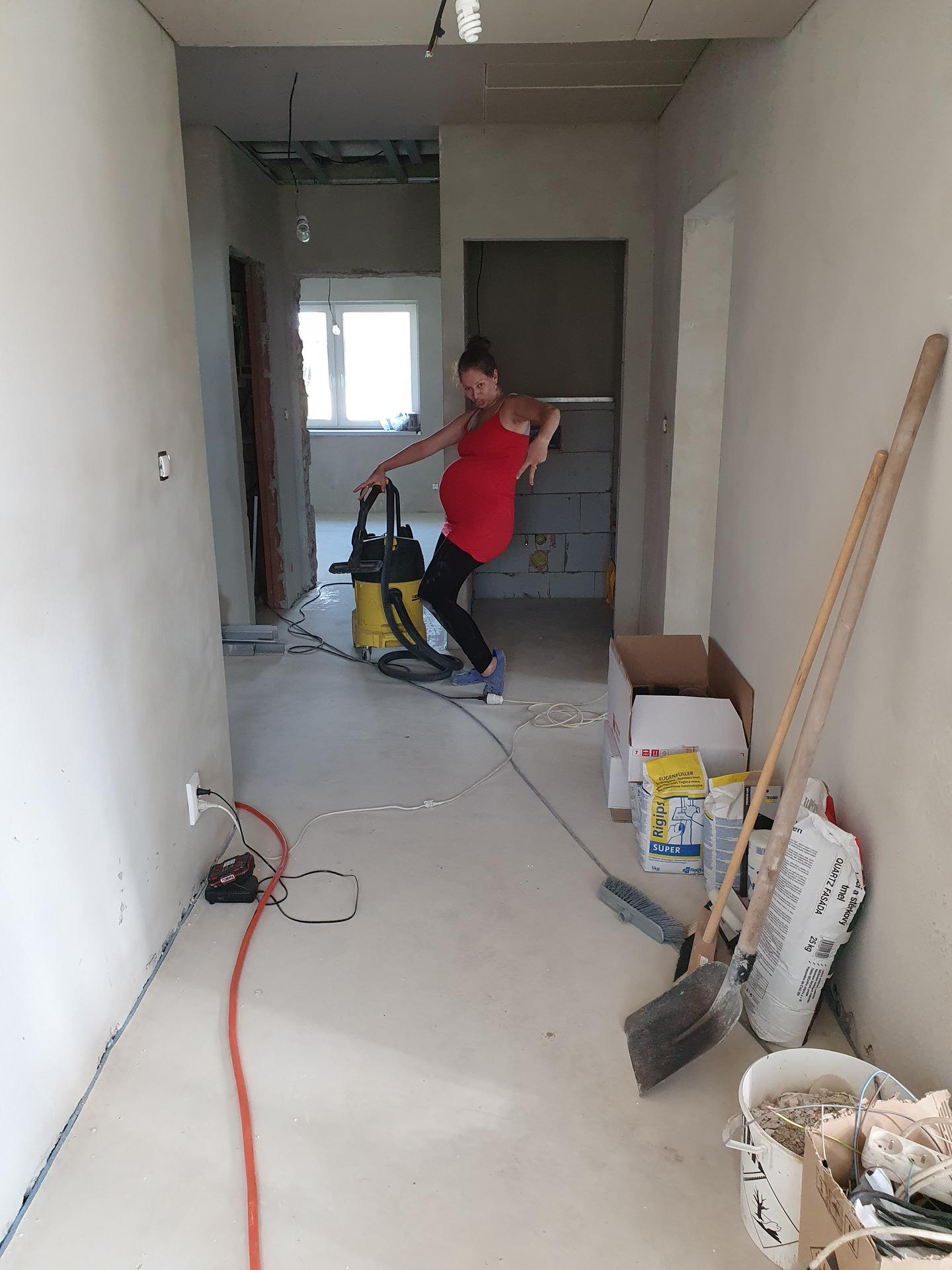 Rekonštrukcia domu-alebo chceme si splniť sen =》🏠🌻🌼🐶  mat domcek a vratit sa na Slovensko - Obrázok č. 794