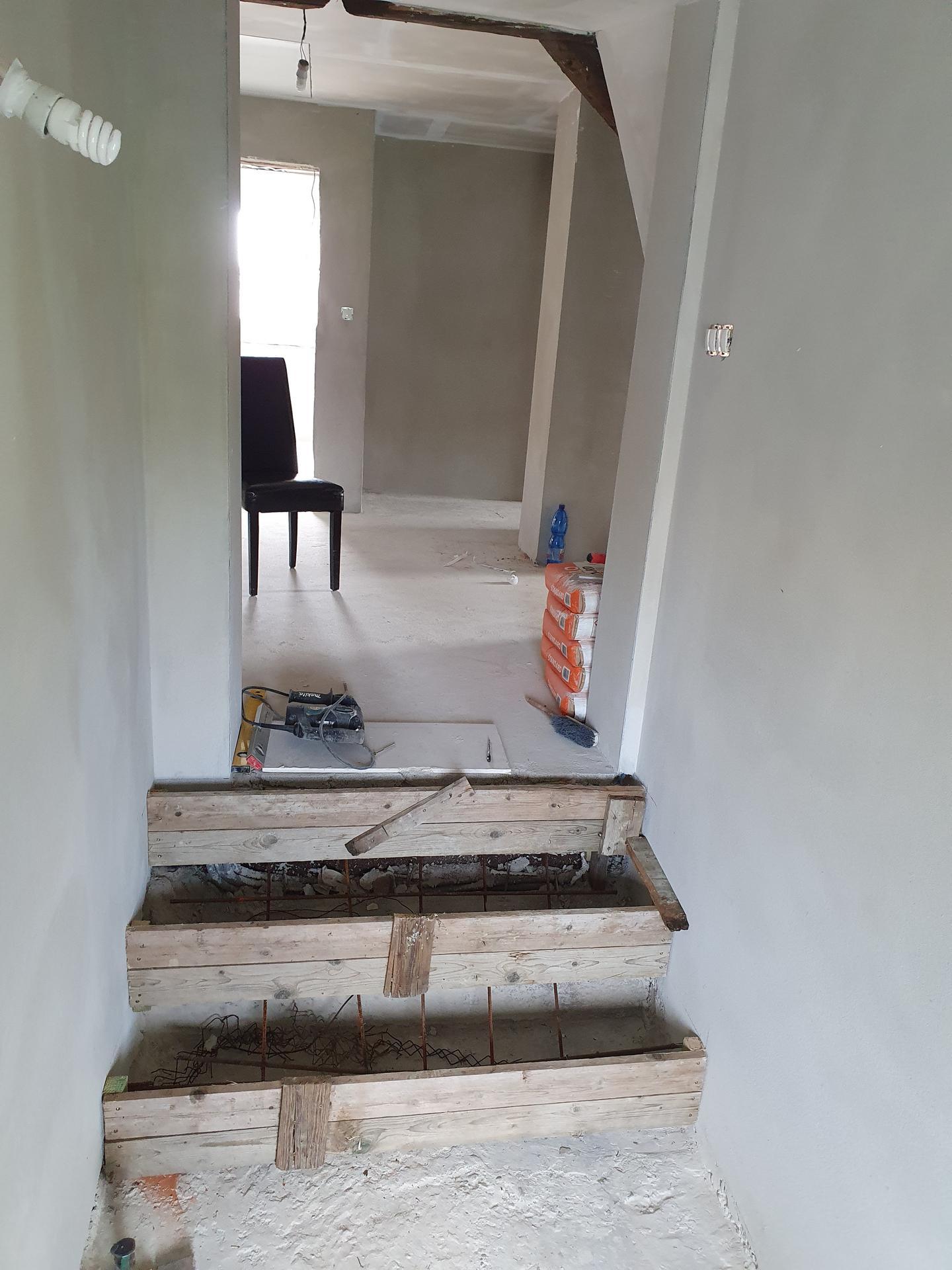 Rekonštrukcia domu-alebo chceme si splniť sen =》🏠🌻🌼🐶  mat domcek a vratit sa na Slovensko - Obrázok č. 857