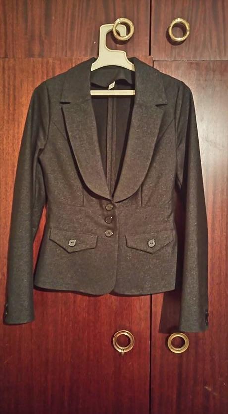 slávnostný kostým nohavice + sukňa - Obrázok č. 1