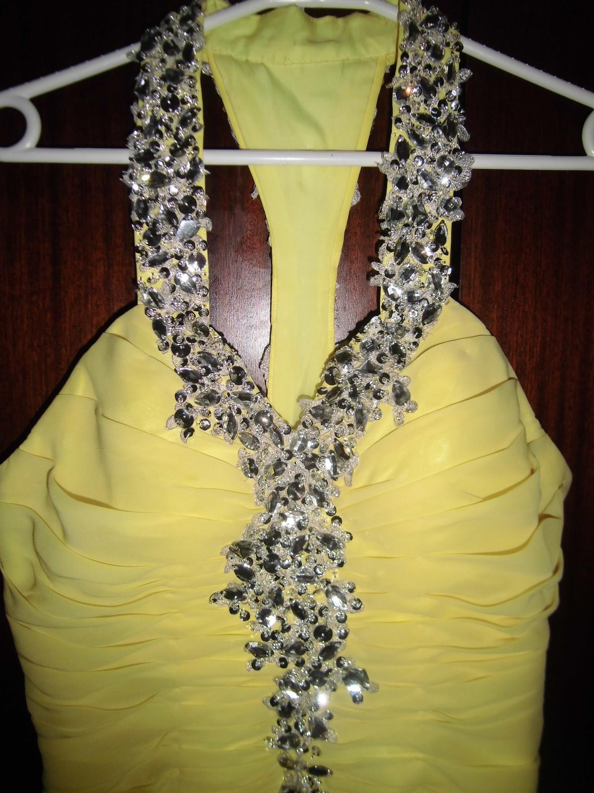 spoločenské šaty s kamienkami - Obrázok č. 3