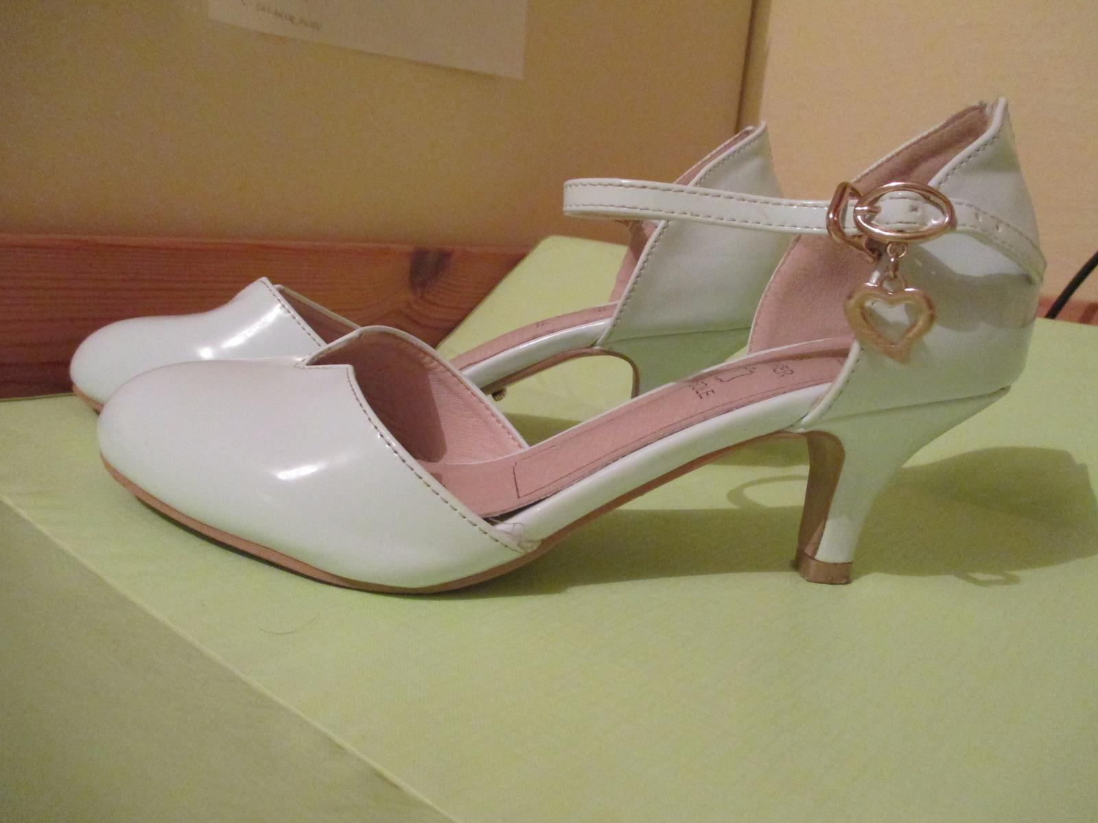 Pohodlné svadobné topánky - Obrázok č. 3