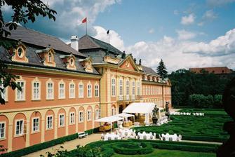 obřad proběhne na zámku Dobříš...