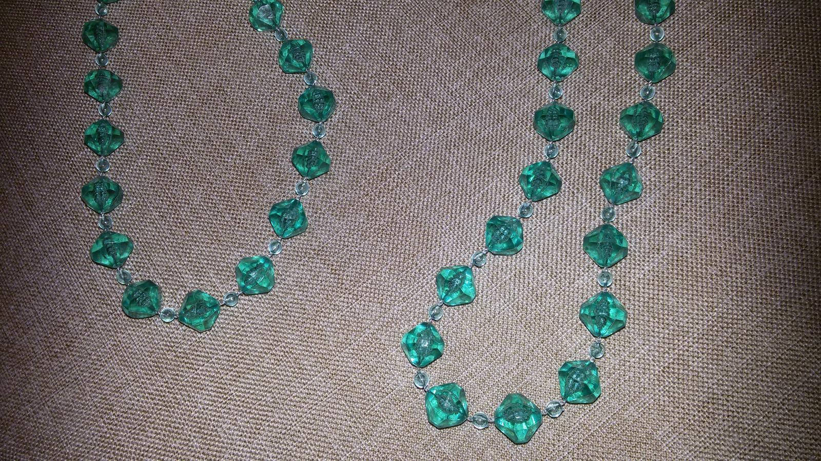 Korálkovy náhrdelník a nausnice - Obrázok č. 4