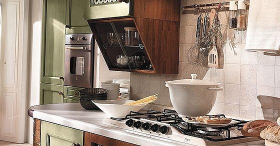 Moje milovane bungalovy - zariadenie, pôdorysy, rozloženie... - Ta policka nad kuchynskou linkou je super.