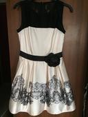 Elegantné krátke šaty, 38