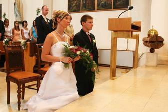 novomanželský poklek