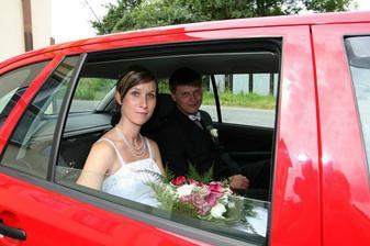 už odjíždíme jako manželata...
